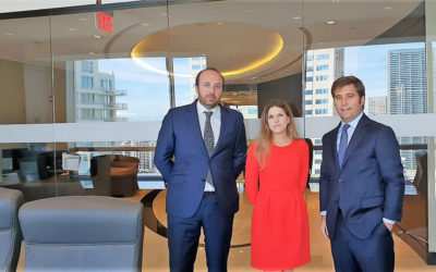 Cases&Lacambraobre una nova oficina a Miami